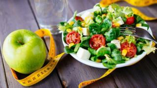 salata ve elma