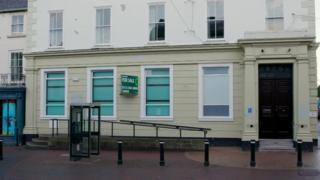 Closed bank branch in Holywell