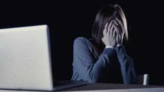інтернет, соцмережі, погрози