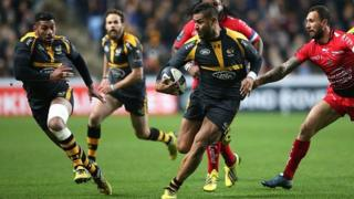 Frank Halai of Wasps breaks with the ball during the European Rugby Champions Cup match between Wasps and Toulon at the Ricoh Arena on November 22