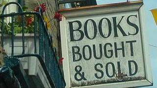 Hay-on-Wye bookshop sign