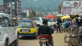 Vue du trafic à Bamenda, l'une des villes anglophones au nord-ouest du Cameroun.