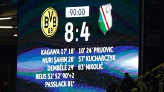 El histórico marcador en el estadio Westfalenstadion de Dortmund.