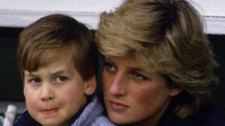 الأمير ويليام مع والدته الأميرة ديانا، 1987