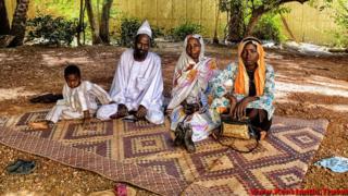 Суданці