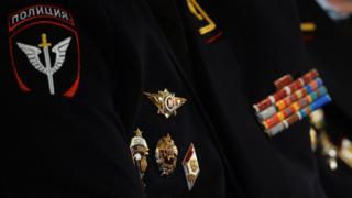 Китель полицейского со знаками отличия