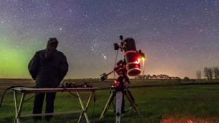 هل سيغير البشر شكل السماء بنجوم اصطناعية؟