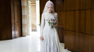英国女王维多利亚的白色婚纱。