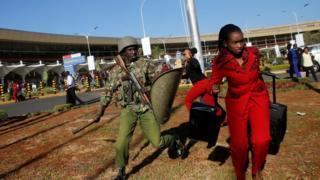 Policija tera radnike Kenija ervejsa