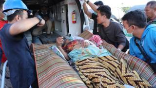 الرئيس الإندونيسي حث على إجلاء المصابين