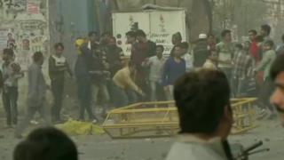दिल्ली के मौजपुर में हिंसक हुए प्रदर्शन