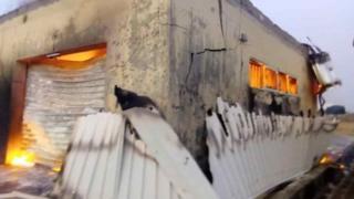 Tout le matériel de vote du bureau de Qua'an Pan a été détruit dans l'incendie.