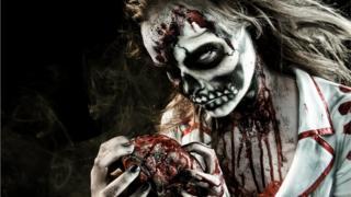 Зомби с сердцем в руках