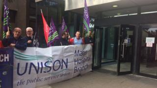 Health union representatives delivered the letter to the Department of Health