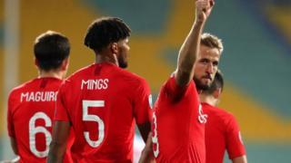 Bulgaria v England racism: Bulgarian football president Borislav Mihaylov don resign