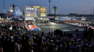 Crowds watching the Invictus Games opening ceremony