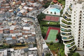Para moradores de Paraisópolis, vida média é 10 anos mais curta que no vizinho Morumbi