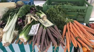 Vegetais em feira-livre na Europa
