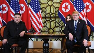 US President Donald Trump (R) and North Korea's leader Kim Jong Un hold a meeting during the second US-North Korea summit at the Sofitel Legend Metropole hotel in Hanoi on February 28, 2019. (Photo by Saul LOEB / AFP) (Photo credit should read SAUL LOEB/AFP/Getty Images)