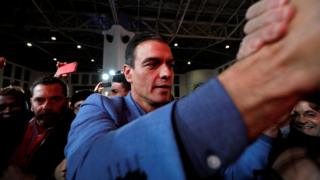 Pedro Sanchez congratulates voters on final rally on Friday