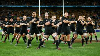 The All Blacks perform the Haka before the Bledisloe Cup Rugby Championship match between the Australian Wallabies and the New Zealand All Blacks at ANZ Stadium on 20 August 2016 in Sydney, Australia