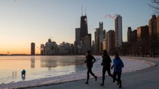Personas corriendo en Chicago