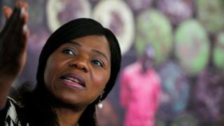 Thuli Madonsela akihutubu Johannesburg