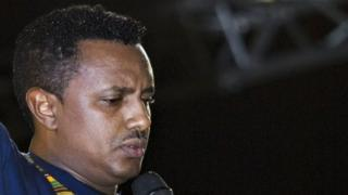 Popular Ethiopian pop singer Teddy Afro performs during a concert in Addis Ababa on October 11, 2009