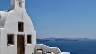 說希臘語的人形容深淺不一的藍色有不同的詞匯