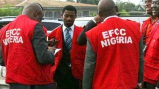 Nigeria anti-corruption officials