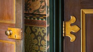 Artistry and Crafts Movement
