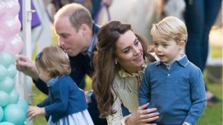 Герцог и герцогиня Кембриджские с детьми