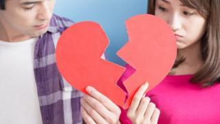Bạn có muốn trả người yêu cũ 'phí chia tay' không?