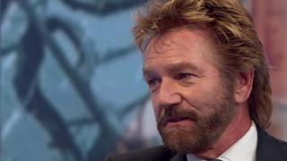 TV star Noel Edmonds says he tried to take his own life after being the victim of fraud.