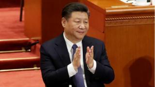Xi Jinping, n patẹwọ,