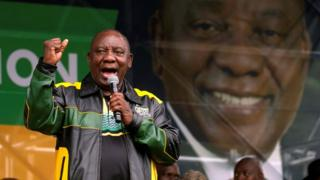 Cyril Ramaphosa addressing supporters