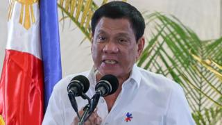Philippine President Rodrigo Duterte at a press conference shortly after arriving from Singapore at Davao international airport in southern island of Mindanao, 17 December 2016