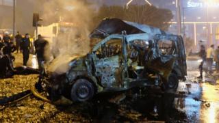 ซากรถยนต์จากแรงระเบิด