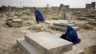 تېر کال کې د بلخ ولایت په ښاري سیمه کې ۶۰۰ سوه کسانو د ځان وژنې هڅه کړي ده