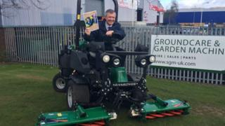 Mower Rennie