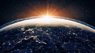 چند پروژه بزرگ در صدد ایجاد یک شبکه اتصال اینترنتی ماهوارهای به دور زمین هستند