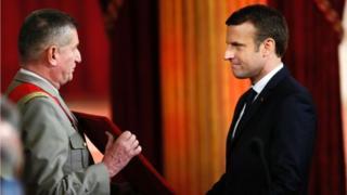 Emmanuel Macron, le plus jeune président du pays a été investi, à tout juste 39 ans.