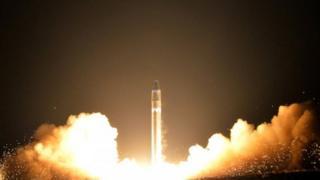 Teste de foguete balístico intercontinental da Coreia do Norte.