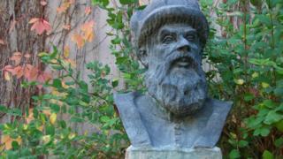 A bust of Mimar Sinan in Ankara, public domain photo
