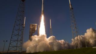 موشک اطلس ۵ برای ارسال ماهوارههای نظامی آمریکا استفاده شده است
