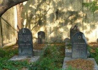 Mezarlığın 2007 yılındaki hali