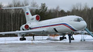 莫斯科契卡洛夫斯基機場上的一架俄軍圖-154飛機(資料圖片)