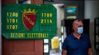 Colegio electoral en Italia