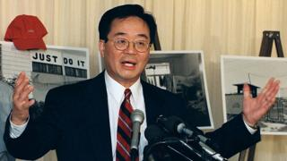 Harry Wu speaking to reporters during a human rights news conference at the National Press Club in Washington, DC, on 10 May 2000