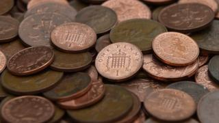 A-picture-of-1p-and-2p-coins